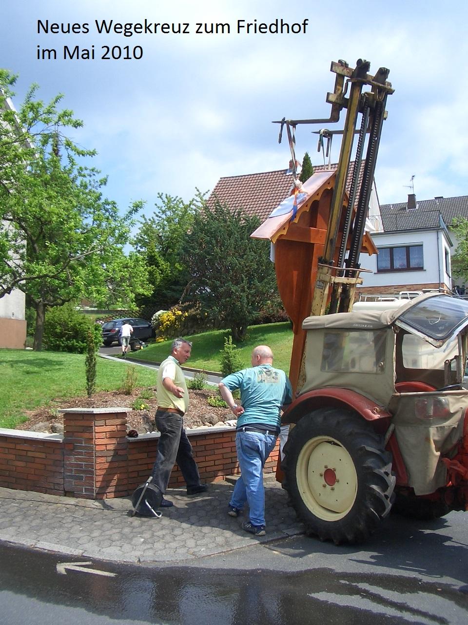 2010-05-Kreuz.Aufstllg. 01